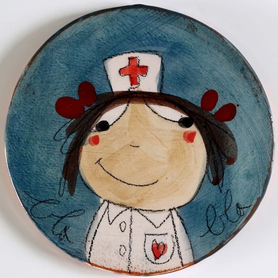 sous plat soignante infirmière rond blabla