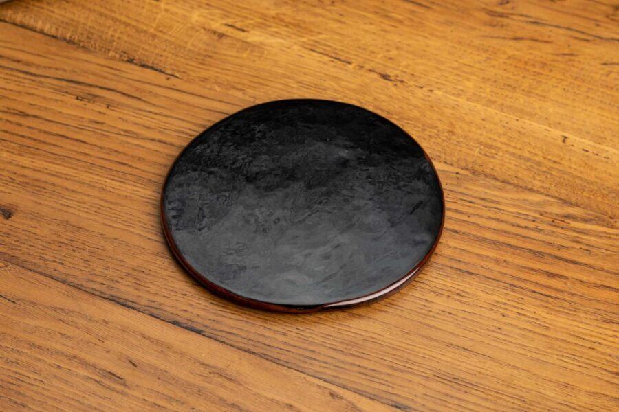 dessous de plat noir brillant